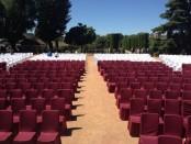 Alquilar sillas para grandes eventos en sitios con encanto